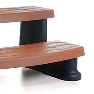 premium-redwood-spa-side-step-from-cover-valet