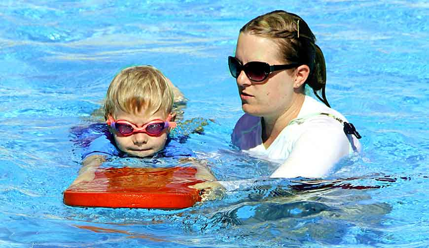 Products 4 Pools Swimming Pool & Spa Safety Guide