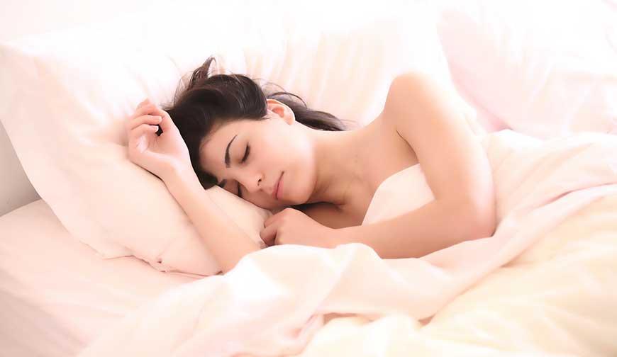 sleep-better-sleep-deeper-with-hot-tub-spa-1